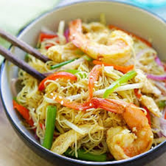 SF07. Singapore noodles