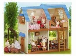 Sylvanian Families Courtyard Home Gift Set