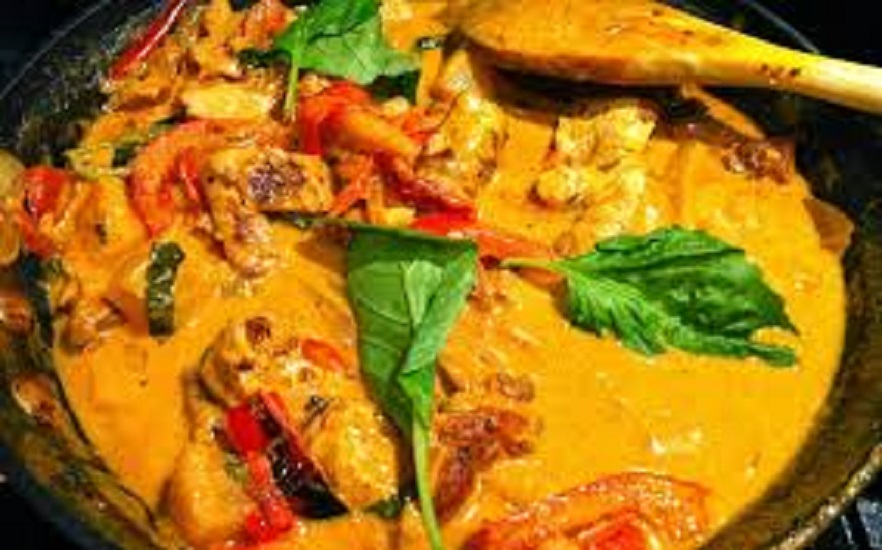 C5.Thai peanut curry (Panang curry)
